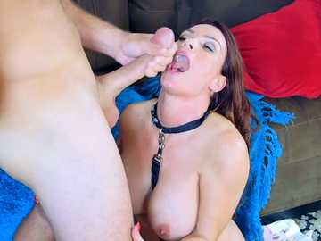 Luxurious MILF Diamond Foxxx gets anal fucking spoons style in a dog collar