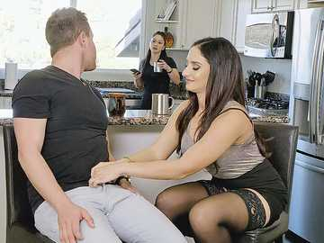 Sheena Ryder: Cheating MILF's Daring Anal Seduction