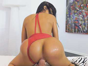 Colombian hottie Canela Skin takes a ride on thick dick with her asshole