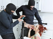 Toni Ribas and Marco Banderas are a couple of bumbling burglars that make so much noise while ...