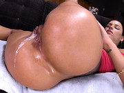 Peta Jensen returns for yet another creampie. Ever since her first one with us, she cant seem ...