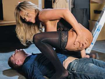 Mature Aubrey Black does fun with her assistant