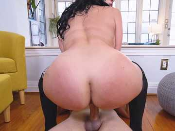 Big booty of hot Mona Azar bounces in a sexy ways while intense pussyfuck